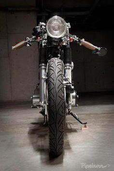 """Honda 1971 CB450  """"Bonita Applebum"""" by Pepe Luque."""