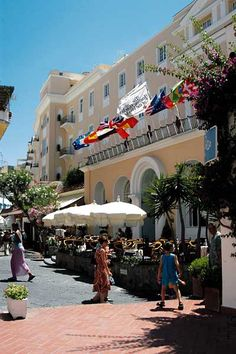 Grand Hotel Quisisana, Capri Beautiful Islands, Beautiful World, Beautiful Places, Great Places, Places To See, Places Ive Been, Costa Amalfi, Amalfi Coast Hotels, Italy Holidays