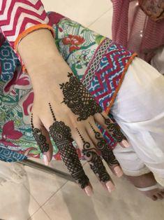 Mehndi Designs For Fingers, Fingers Design, Miuccia Prada, Mhendi Design, Dps For Girls, Beautiful Henna Designs, Mehndi Design Images, Hand Mehndi, Girls Dp Stylish