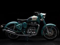 Beautiful 60's bike. Royal Enfield Classic 500.