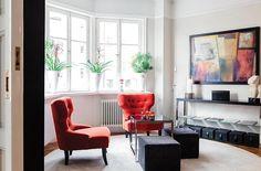 堅持三色:紅、黑、白+木地,紅水黑大方的城市公寓