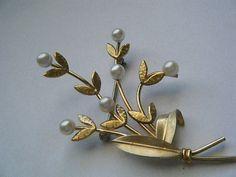 Vintage Brooch KREMENTZ Pearls and Leaves by broochonmyback59, $30.00