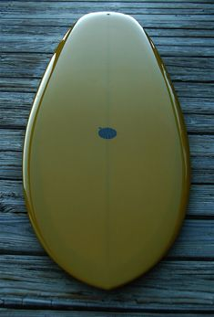 Kelp-green tug with asymmetrical fins.  I love the color even if the shape & asymmetrical fins don't appeal to me.  Maybe it'll be up your creek? Gone Fishing, Best Fishing, Kayak Fishing, Fishing Tips, Surfboard Art, Skateboard Art, Surfboard Shapes, Surfing Tips, Surf Design
