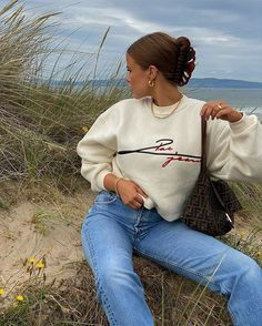 Follow our Pinterest Zaza_muse for more similar pictures :) Style Inspiration. Adrette Outfits, Skater Girl Outfits, Cute Casual Outfits, Retro Outfits, Fall Outfits, Stylish Outfits, Vintage Outfits, Winter Fashion Outfits, Girly Outfits