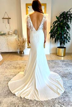 Wild Blooms Bridal believes your wedding dress should be a reflection of your personal style. For the bride who loved freedom, style, simplicity and wants to be her truest self on her special day! Lace Wedding, Wedding Dresses, Bridal Collection, Gowns, Boutique, Clothes, Fashion, Bride Dresses, Vestidos