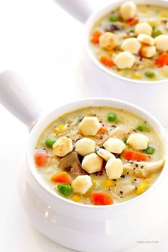 Chicken Pot Pie Soup- This soup has everything you love about classic chicken pot pie creamy comforting deliciousness! Easy Soup Recipes, Fall Recipes, Cooking Recipes, Healthy Recipes, Oven Recipes, Vegetarian Cooking, Kitchen Recipes, Easy Cooking, Healthy Food