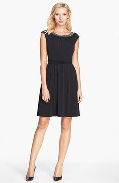 Ellen Tracy NEW Elegant Long Black Dress with Gold//Black beads neck//waist design