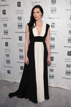 Laura Prepon attends the 25th IFP Gotham Independent Film Awards co-sponsored by FIJI Water on November 30, 2015 in New York City.