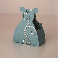 DIY Dress Shaped Favor Boxes. With Templates. | Oh My Fiesta For Ladies!