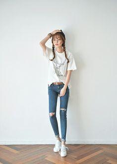 Gorgeous Clothes on korean fashion trends 608 Korean Girl Fashion, Korean Fashion Trends, Korean Street Fashion, Ulzzang Fashion, Korea Fashion, Asian Fashion, Fashion Moda, Daily Fashion, Womens Fashion
