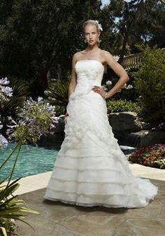 A line Organza Strapless Natural Waist Floor Length Luxurious Wedding Dresses - Lunadress.co.uk