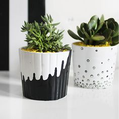 Imagine how happy your plants would be in this home crafted drip style pot. This is very achievable in less an hour. Paint your plain pots with a base colour and once dry, then drip a contrasting colour in the opposite direction. Give your plants a perfect place to grow... Will you be embracing the up-cycling trend?