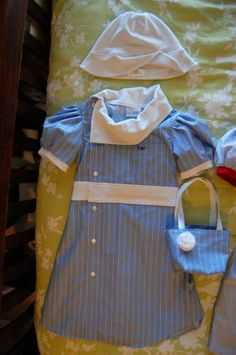 this is one of the cutest mens upcycles I've seen! (recycle your husbands old shirt!)