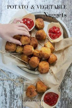 Jun 2019 - Enjoy these easy to make kid friendly vegetable and potato nuggets! Ideal as snacks for kids of all ages, and perfect as appetizers or party recipes! Get the recipe at Little Figgy Food. Healthy Appetizers, Appetizers For Party, Appetizer Recipes, Snack Recipes, Party Recipes, Appetizer Ideas, Diet Recipes, Potato Snacks, Potato Recipes