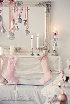 hanging ornaments in front of mirror - gorgeous!