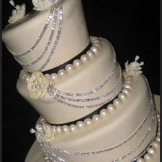 Wedding cake jewels silver white