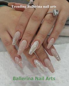 Acrylic nails, classy acrylic nails, painted acrylic nails, prom na Painted Acrylic Nails, Classy Acrylic Nails, Fall Acrylic Nails, Acrylic Nail Designs Classy, Cute Gel Nails, Classy Nails, Fancy Nails, Colorful Nail Designs, Nail Art Designs