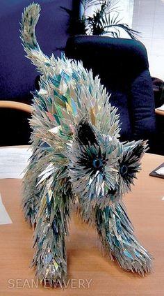 sean avery sculptures made from broken cds....this artist is ah-mazing!!!