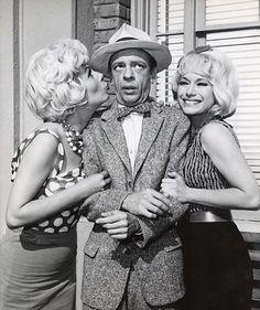 "Barney and the Fun Girls ""Hi, Doll!"""