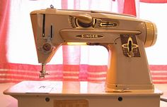 Singer Rocketeer 500 A Slant-O-Matic sewing machine!  I will find one and I will  make it mine!