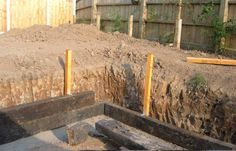 How to build a sleeper retaining wall - Landscape Industry Forum - Landscape…