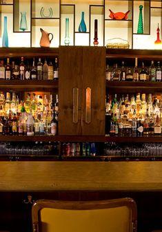 Bouligny Tavern. Garden District NOLA
