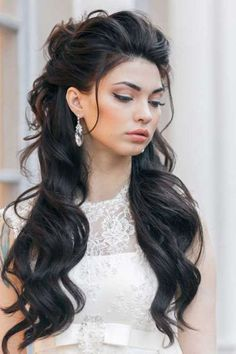 50 Style Hairstyles For Women With Long Hair – Fashionthestyle | Latest fashion tips and outfit ideas - Page 19