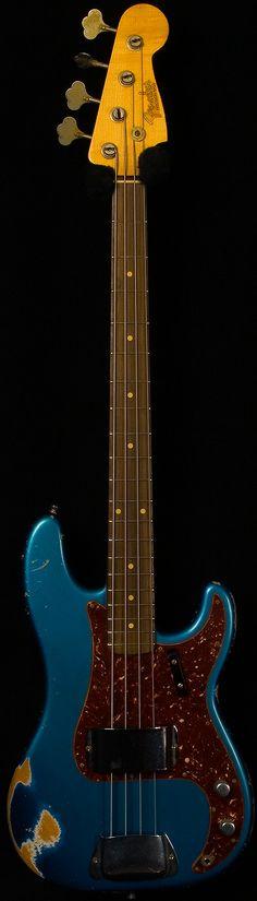 fender custom shop - '64 p bass heavy relic. lake placid blue.