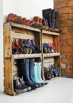 Esillä vai piilossa? 11 kekseliästä ideaa kenkien säilytykseen | Meillä kotona