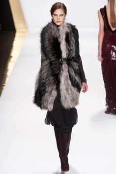View the J.Mendel Fall 2013 RTW collection. See photos and video of the F2013RTW runway show. J.Mendel
