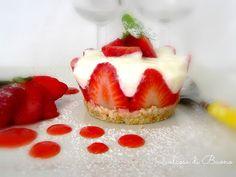 qualcosa di buono: Piccole cheesecakes alla vaniglia con le fragole