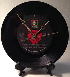 """Recycled Mac and Katie KISSOON 7"""" Record / Chirpy Chirpy Cheep Cheep / Record Clock"""