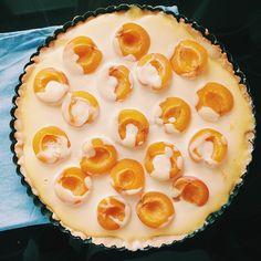 Heute gibt's Marillenkuchen für die Kollegen ☺️ #backen#baking#vscofood#vscocam#igersvienna