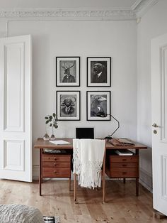 Home office inspiration for a house with original details complete with a reading corner and a masculine library feel and grey colour scheme. Home Office Design, Home Office Decor, House Design, Home Decor, Office Ideas, Office Nook, Workspace Design, Office Table, Office Workspace