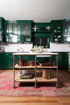 GREEN SCENE   Mark D. Sikes: Chic People, Glamorous Places, Stylish Things