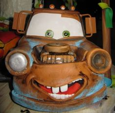 Mater and Lightning McQueen Cake | Do it myself!