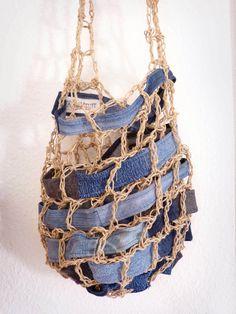 Net Denim Patchwork Sling Bag Recycled Jeans by ajnataya on DeviantArt Craft Bags, Diy Bags, Jean Crafts, Net Bag, Recycle Jeans, Patchwork Jeans, Old Jeans, Denim Bag, Handmade Design