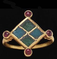 geometric ring (Univers Mininga)