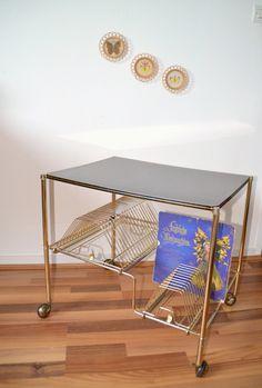 table pour électrophone et porte disques vinyls, guéridon, record de la boutique atelierdelachoisille sur Etsy