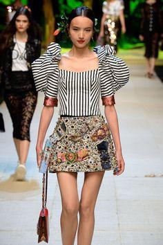 Dolce & Gabbana Spring-Summer 2017, Womenswear - Fashion Week, Page 2 (#27184)