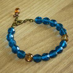 """Bracelet en perles de bohème à facettes Couleur """"bleu capri"""" et bronze (d'autres couleurs sont dispos) #octopop #bijoux #handmade #corsica #bracelet"""
