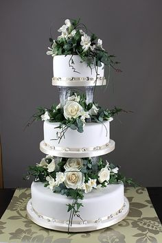 wedding cake tiers pillars something to go with the metal ring toppers 3 tiered 26269