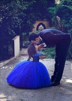 Resultado de imagem para fotos de pai e filha de princesa