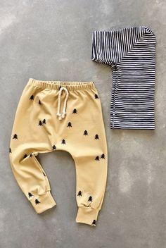 Handmade Unisex T Shirt & Pants Baby Outfit | Sunny Afternoon on Etsy #babyboystyle #babyboyoutfits