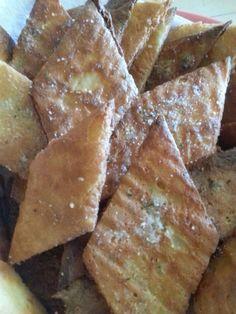 then cut in squares, deep fry in coconut oil, then season with garlic salt! Low Carb Bread, Keto Bread, Low Carb Keto, Bariatric Recipes, Ketogenic Recipes, Ketogenic Diet, Fat Head Recipes, Low Carb Recipes, Fathead Bread