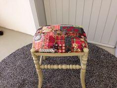 Shabby chic Sitzfläche wurde überarbeitet, neu gepolstert und bezogen