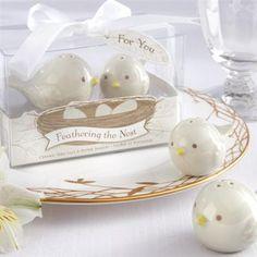 Hot Wedding Trends for 2013--#2 Birds: Bird Salt & Pepper Shakers for Wedding Favors #bird_weddings #birds (www.3d-memoirs.com)