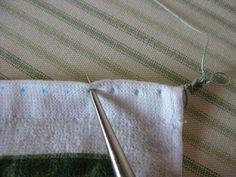 Easy Zig-Zag Crocheted Edging  Tuto bordure crochet par perçage