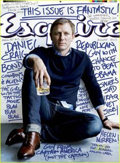 Esquire Offers James Bond Fashion Tips, Daniel Craig Interview, Hayley Atwell Pictures Daniel Craig is on the cover of the newest issue o. Daniel Craig, Craig 007, Craig Bond, Craig James, Jeans Bleu, Navy Jeans, Cover Boy, Outfits Hombre, Blue Shirt Dress