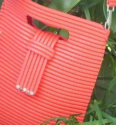 borsa col tappetino in plastica
